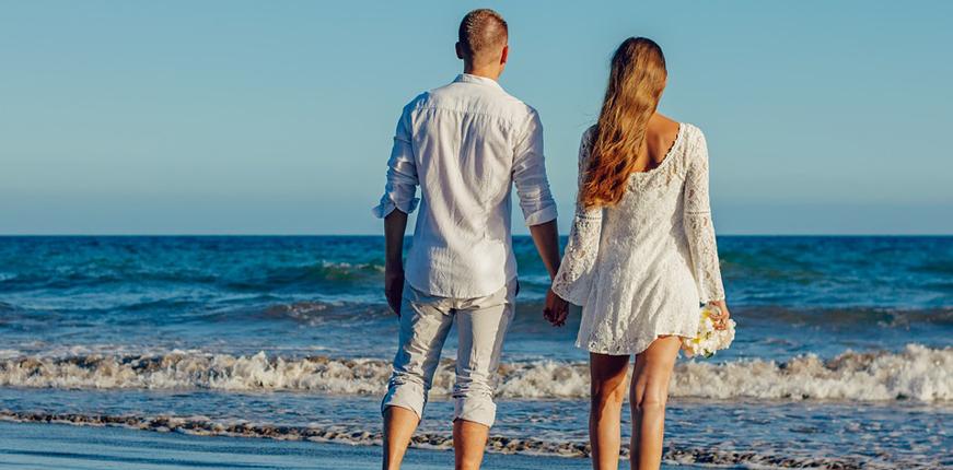 couple en bord de mer image pixabay
